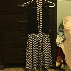 Sleevless Dress with Chevron Belt